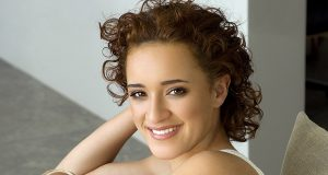 Keisha Castle-Hughes sexiest pictures from her hottest photo shoots. (26)