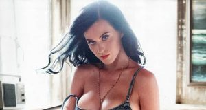 Katy Perry sexiest pictures from then (older) and now (current). (50)