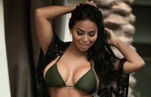 Dolly Castro sexiest pictures from her hottest photo shoots. (40)