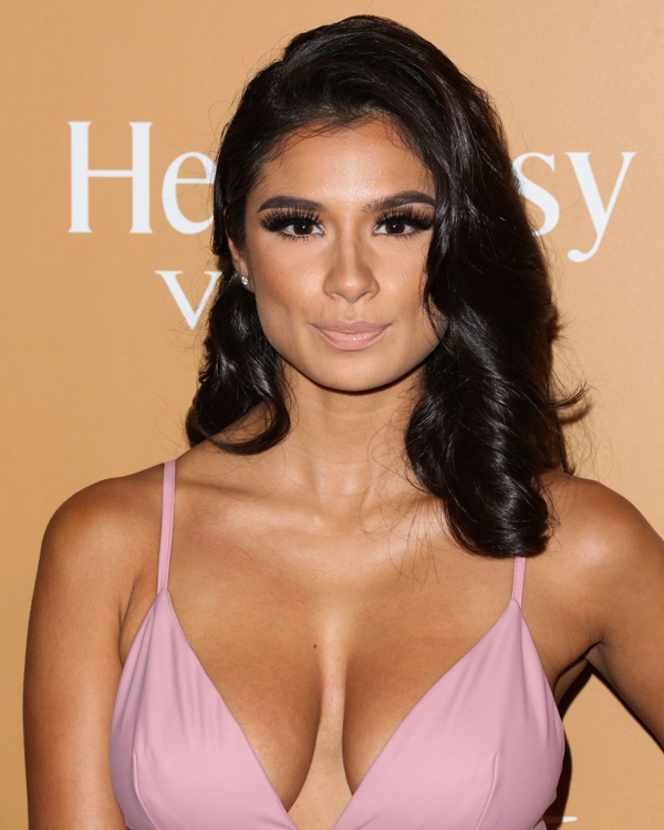Diane Guerrero sexiest pictures from her hottest photo shoots. (7)