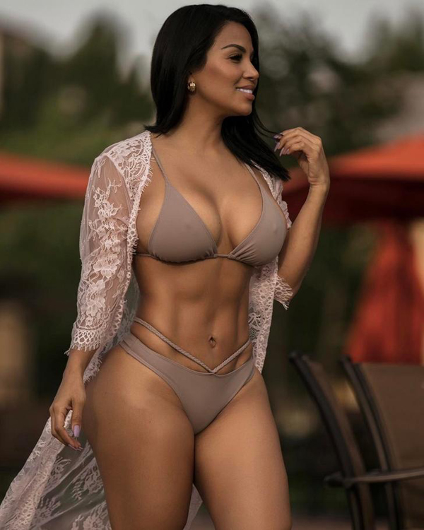 Dolly Castro sexiest pictures from her hottest photo shoots. (38)