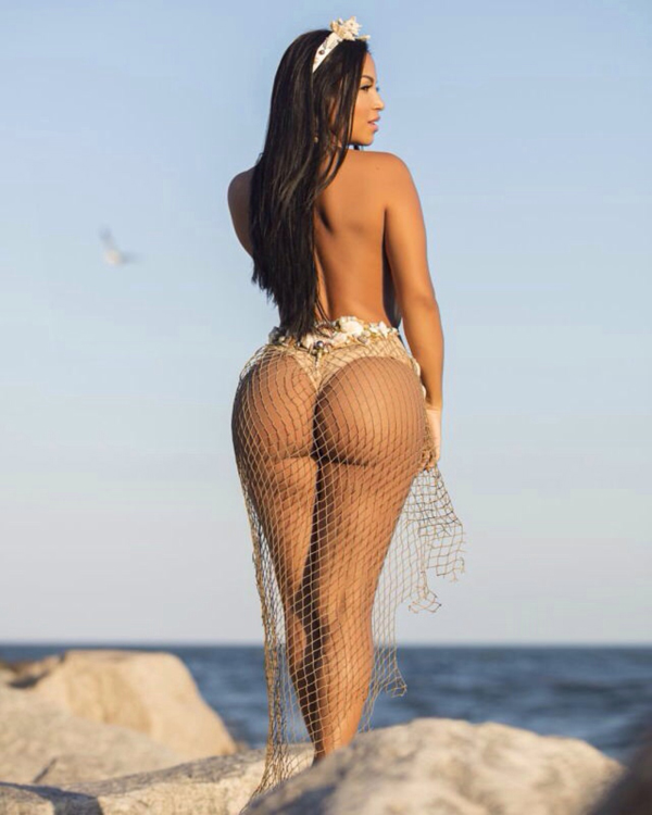 Dolly Castro sexiest pictures from her hottest photo shoots. (17)