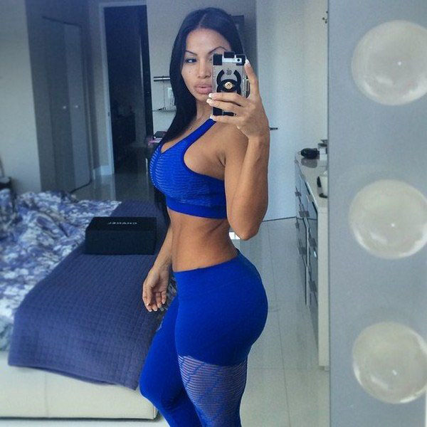 Dolly Castro sexiest pictures from her hottest photo shoots. (4)