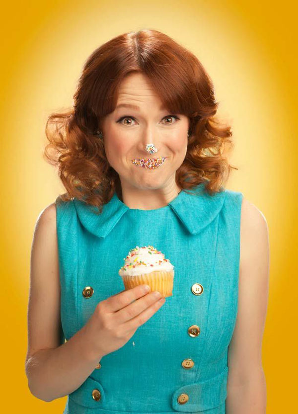 Ellie Kemper sexiest pictures from her hottest photo shoots. (12)