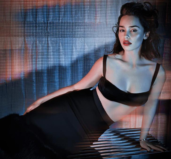 Emilia Clarke sexiest pictures from her hottest photo shoots. (35)