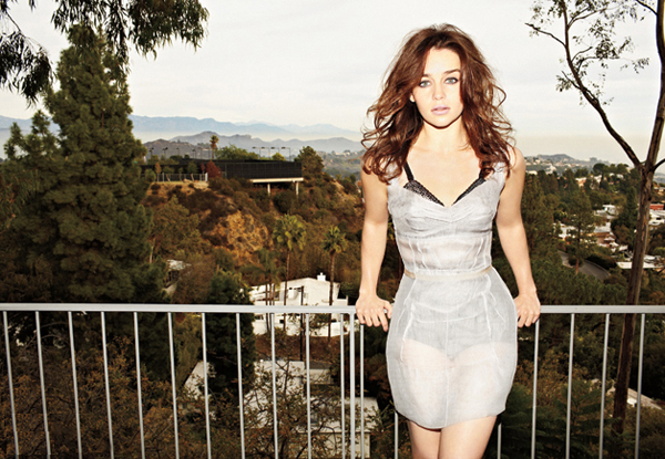 Emilia Clarke sexiest pictures from her hottest photo shoots. (13)