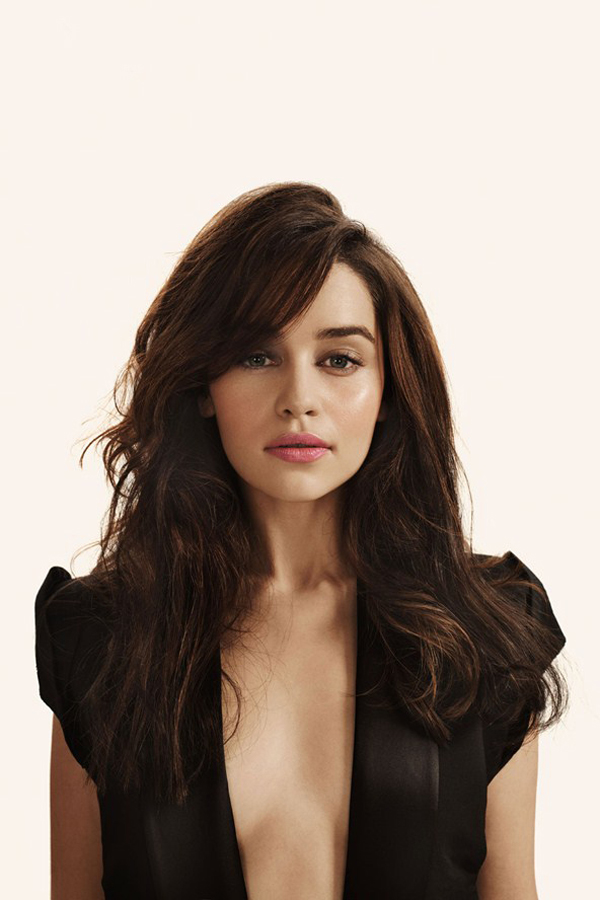Emilia Clarke sexiest pictures from her hottest photo shoots. (12)