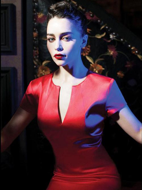 Emilia Clarke sexiest pictures from her hottest photo shoots. (8)