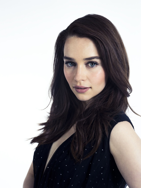 Emilia Clarke sexiest pictures from her hottest photo shoots. (4)