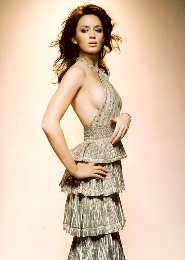 Emily Blunt sexiest pictures from her hottest photo shoots. (38)