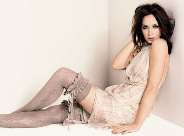 Emily Blunt sexiest pictures from her hottest photo shoots. (21)