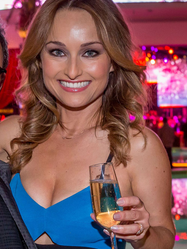 Giada De Laurentiis sexiest pictures from her hottest photo shoots. (22)