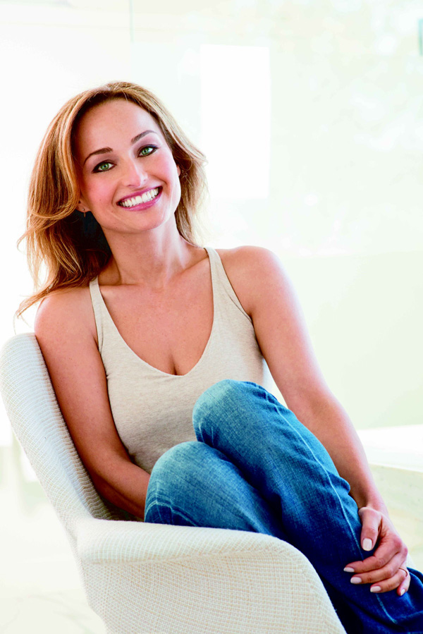 Giada De Laurentiis sexiest pictures from her hottest photo shoots. (13)