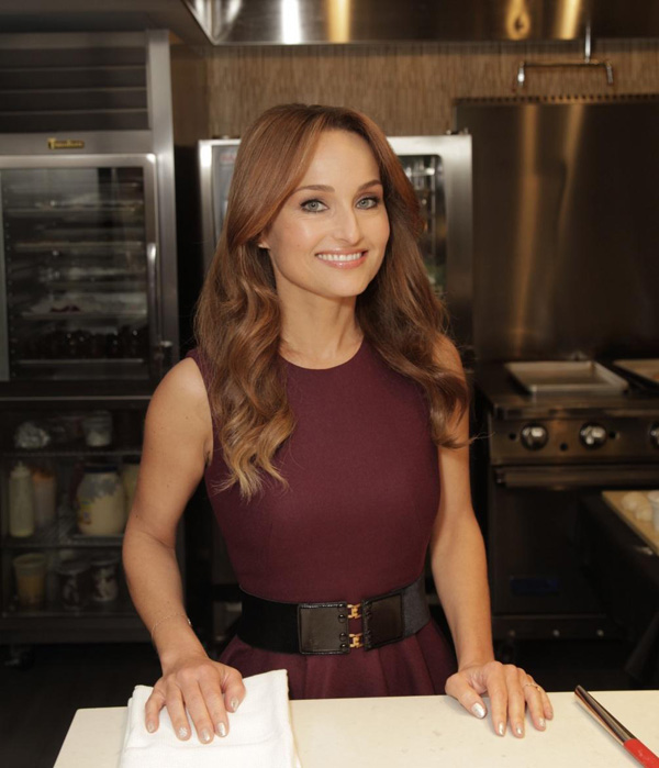 Giada De Laurentiis sexiest pictures from her hottest photo shoots. (7)