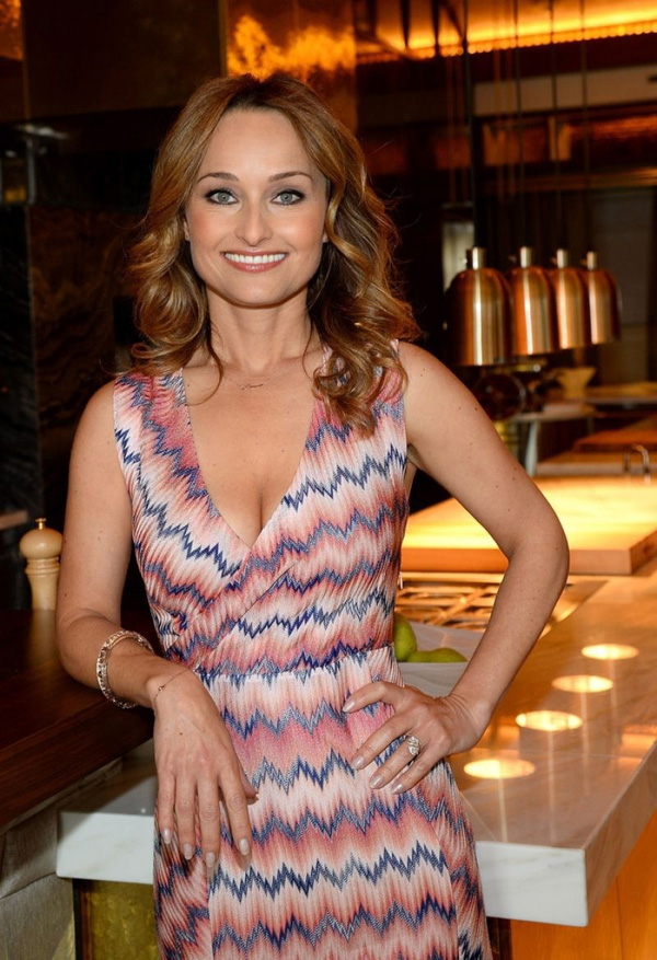 Giada De Laurentiis sexiest pictures from her hottest photo shoots. (3)