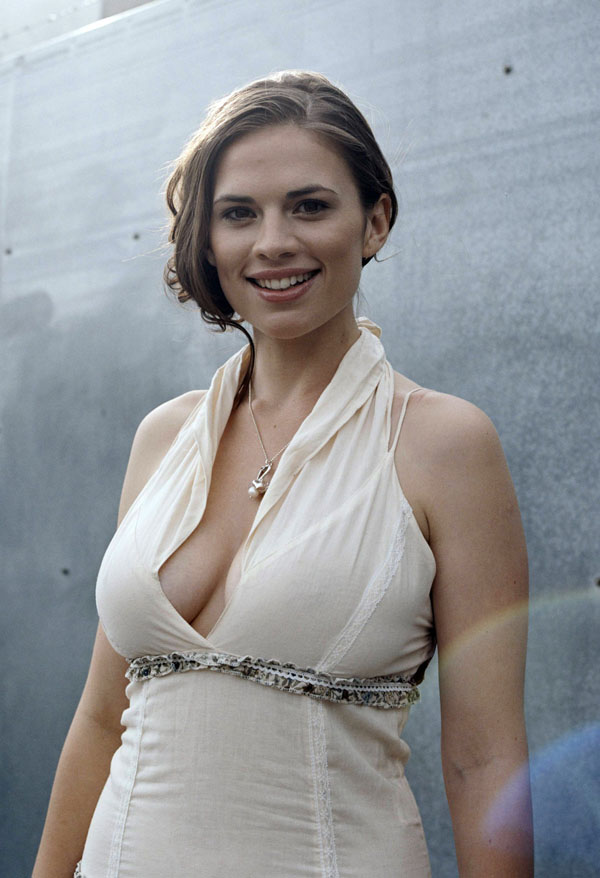Hayley Atwell sexiest pictures from her hottest photo shoots. (18)