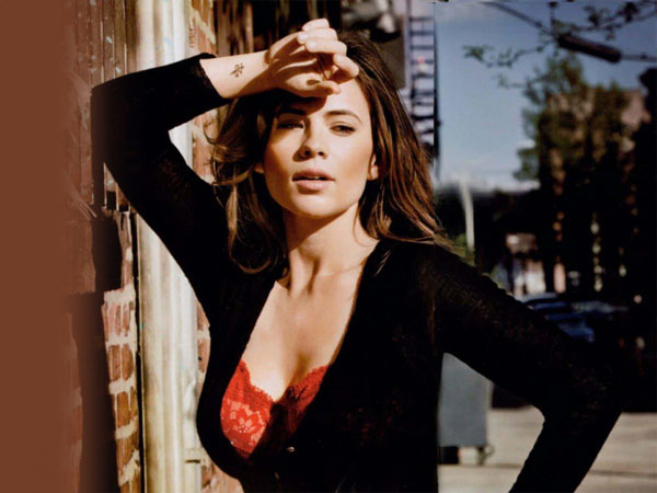 Hayley Atwell sexiest pictures from her hottest photo shoots. (14)