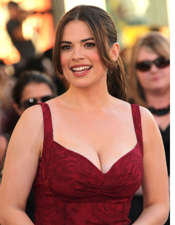 Hayley Atwell sexiest pictures from her hottest photo shoots. (8)