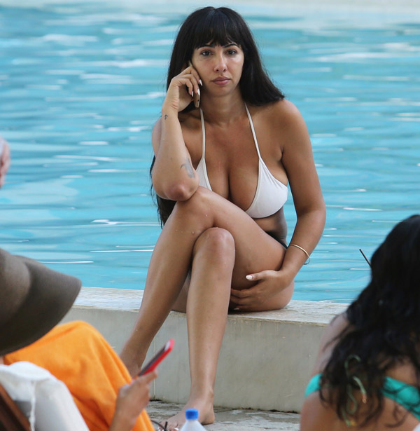 Jackie Cruz Sexiest Pictures From Her Hottest Photo Shoots 23