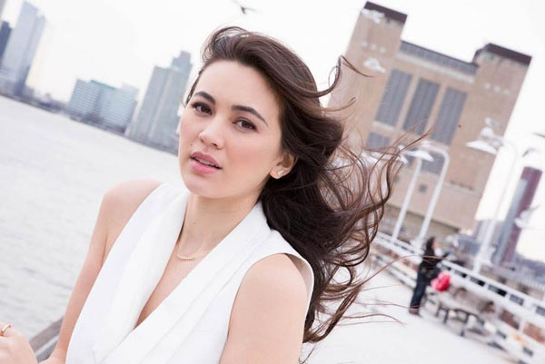 Jessica Henwick sexiest pictures from her hottest photo shoots. (16)