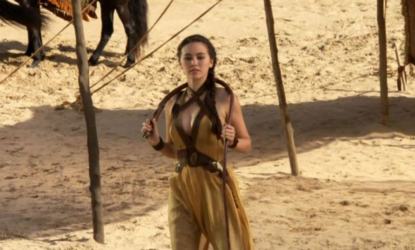 Jessica Henwick sexiest pictures from her hottest photo shoots. (3)