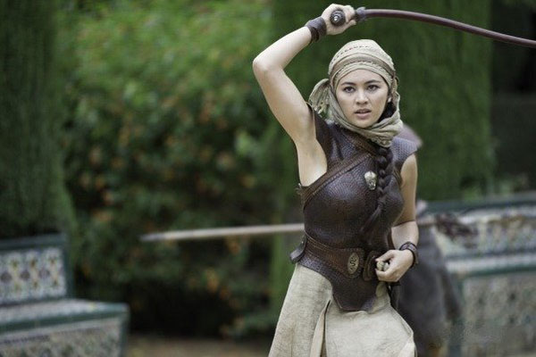 Jessica Henwick sexiest pictures from her hottest photo shoots. (2)