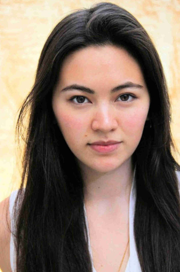 Jessica Henwick sexiest pictures from her hottest photo shoots. (1)