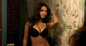 Jessica Lucas sexiest pictures from her hottest photo shoots. (32)