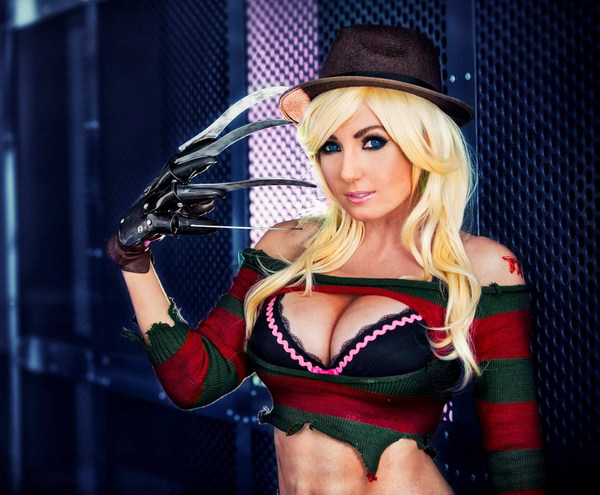 Jessica Nigri sexiest pictures from her hottest photo shoots. (34)