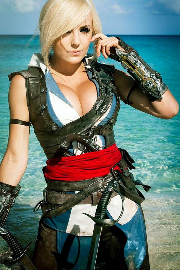 Jessica Nigri sexiest pictures from her hottest photo shoots. (16)