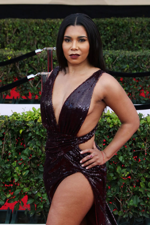 Jessica Pimentel sexiest pictures from her hottest photo shoots. (22)