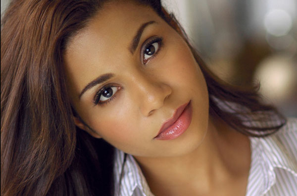 Jessica Pimentel sexiest pictures from her hottest photo shoots. (18)