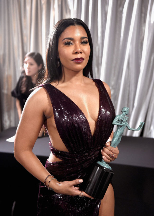 Jessica Pimentel sexiest pictures from her hottest photo shoots. (12)