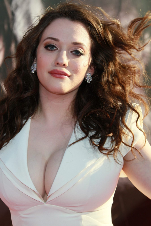 Kat Dennings sexiest pictures from her hottest photo shoots. (12)