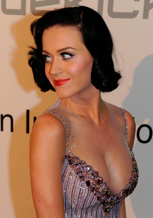 Katy Perry sexiest pictures from then (older) and now (current). (45)
