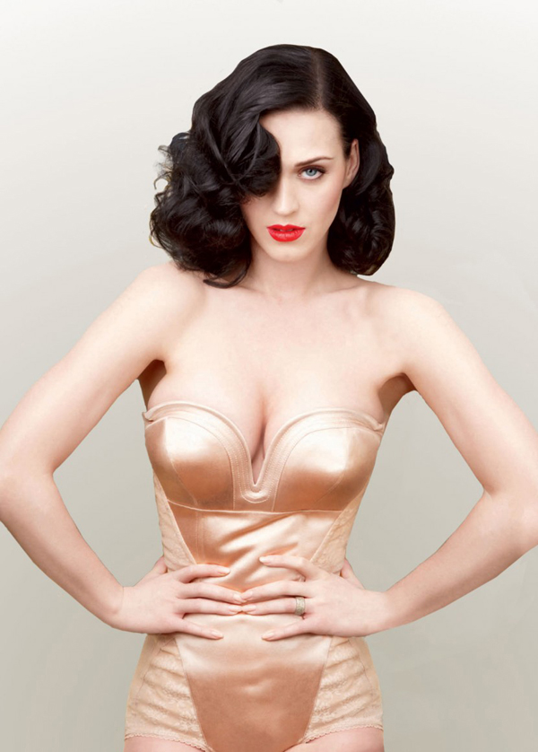 Katy Perry sexiest pictures from then (older) and now (current). (10)