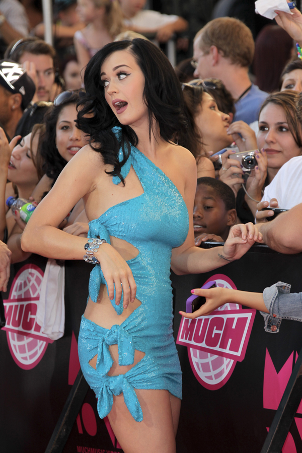 Katy Perry sexiest pictures from then (older) and now (current). (5)