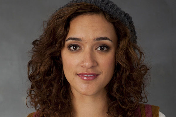 Keisha Castle-Hughes sexiest pictures from her hottest photo shoots. (8)