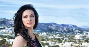 Laura Prepon sexiest pictures from her hottest photo shoots. (26)