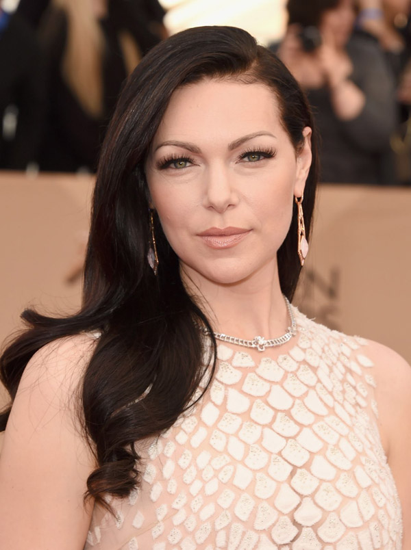 Laura Prepon sexiest pictures from her hottest photo shoots. (17)