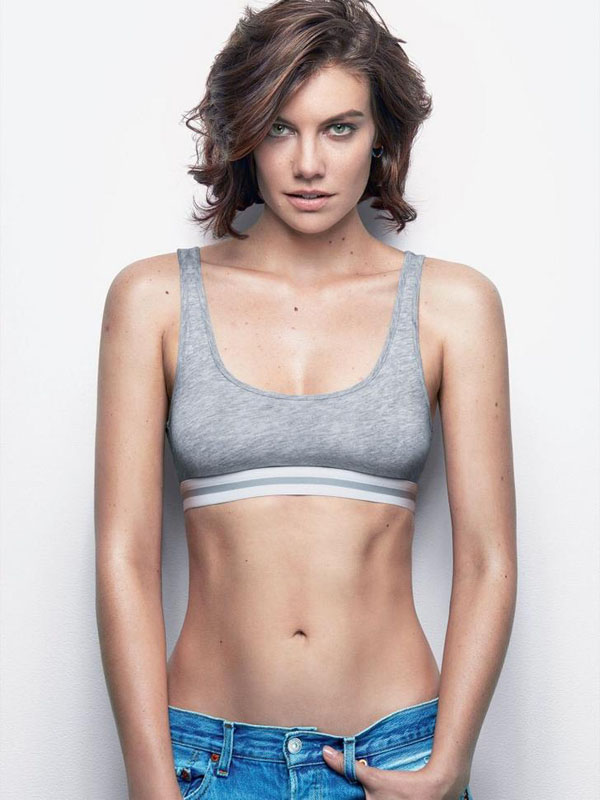 Lauren Cohan sexiest pictures from her hottest photo shoots. (31)