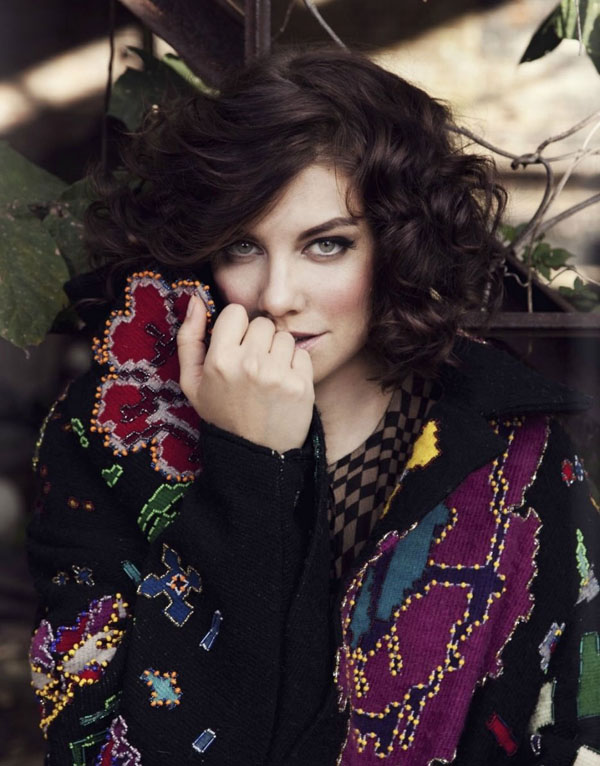 Lauren Cohan sexiest pictures from her hottest photo shoots. (10)