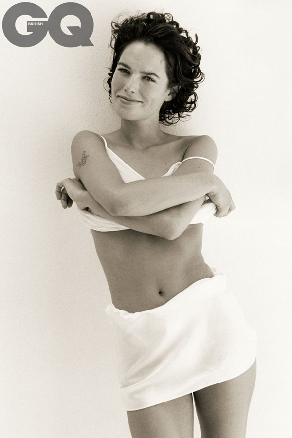 Lena Headey sexiest pictures from her hottest photo shoots. (31)