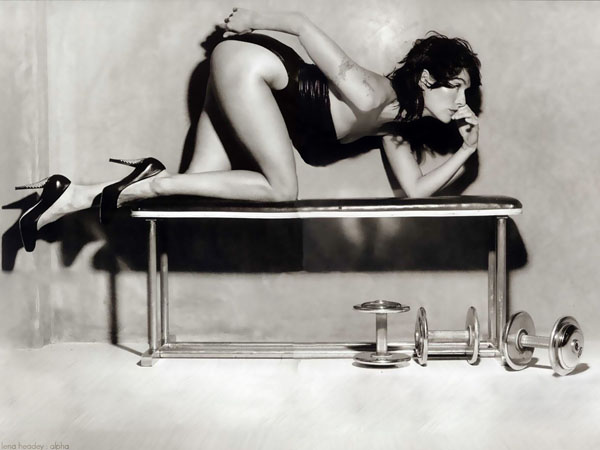 Lena Headey sexiest pictures from her hottest photo shoots. (21)