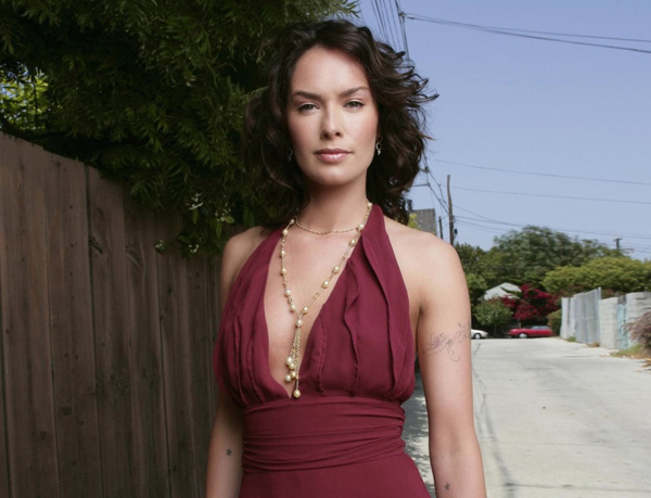 Lena Headey sexiest pictures from her hottest photo shoots. (16)