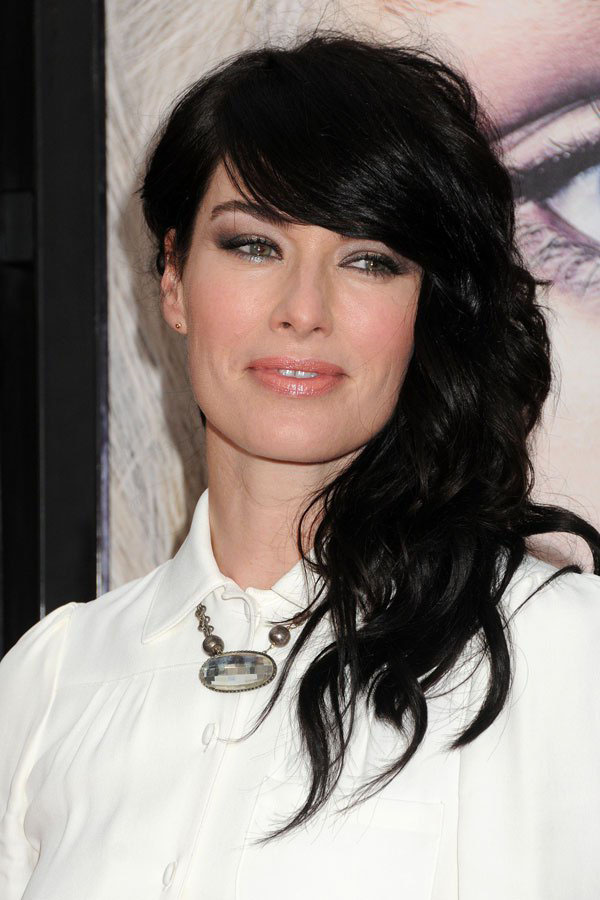 Lena Headey sexiest pictures from her hottest photo shoots. (13)