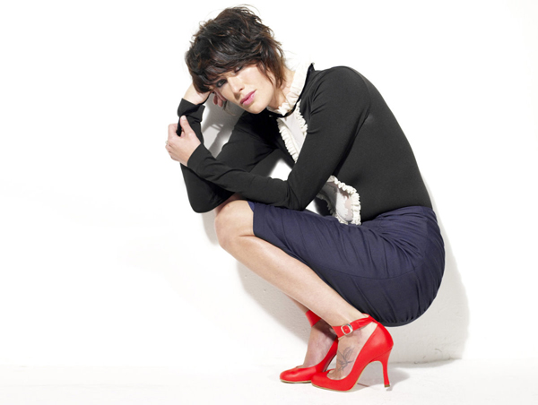 Lena Headey sexiest pictures from her hottest photo shoots. (12)