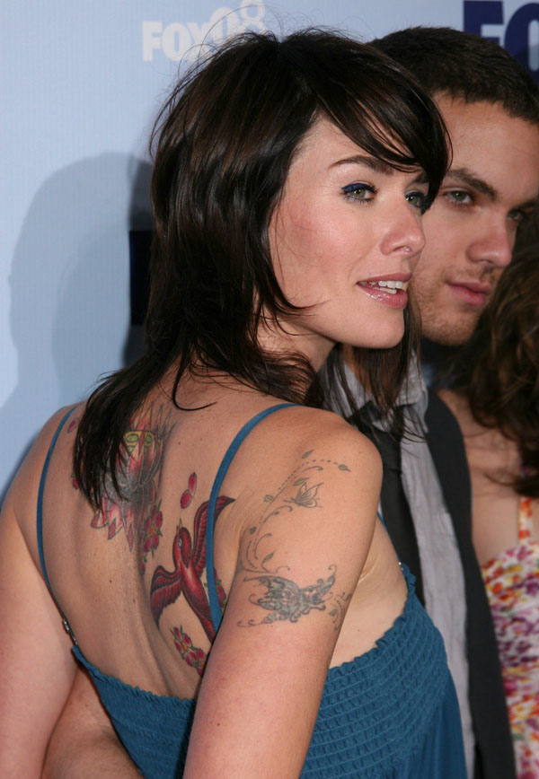 Lena Headey sexiest pictures from her hottest photo shoots. (9)