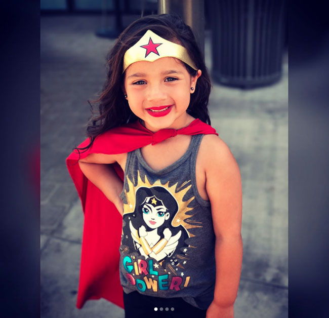Little Ladies Who Were Empowered By Wonder Woman and posing with the movie poster. (20)
