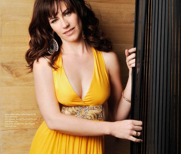 Maggie Siff sexiest pictures from her hottest photo shoots. (23)